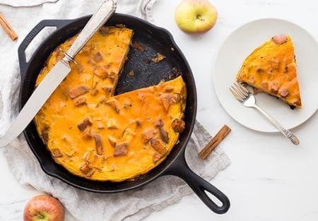 млечен пай от ябълки с тиква и канела