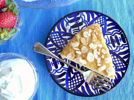 млечна бадемова питка