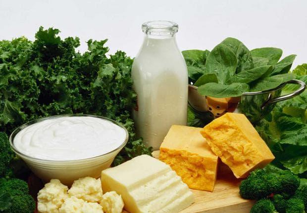 Млечни продукти и зелени листни зеленчуци