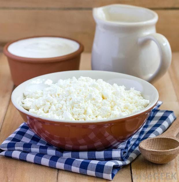 Кисело мляко и сирене