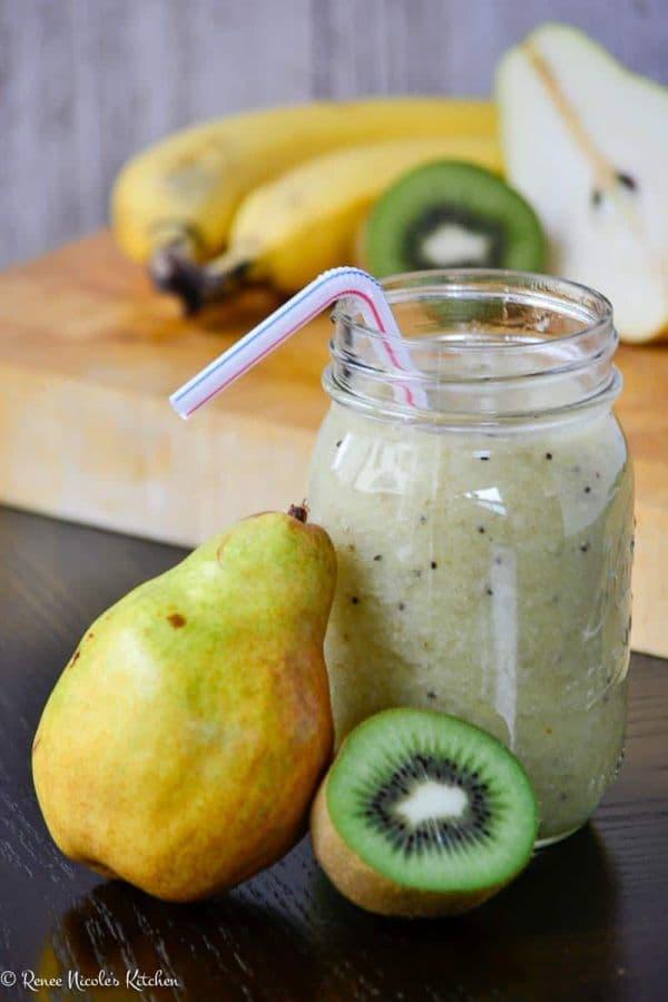 Напитка от киви, круша и банан