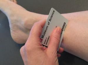 Отстраняване на парещите клетки от кожата