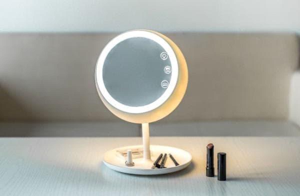 огледало за грим