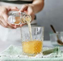 Ябълков оцет разреден с вода