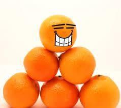 оранжево за усмивки