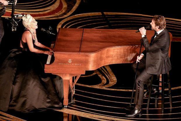 Брадли Купър и Лейди Гага