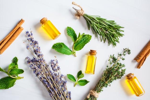 Парна инхалация с етерични масла, билки и лечебни растения