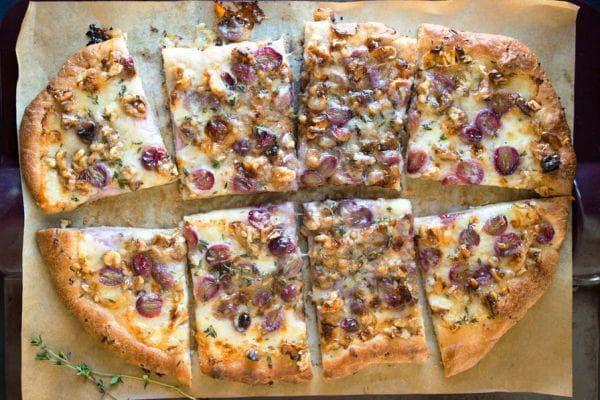 пица с грозде