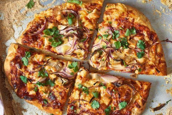 пица с пушено сирене