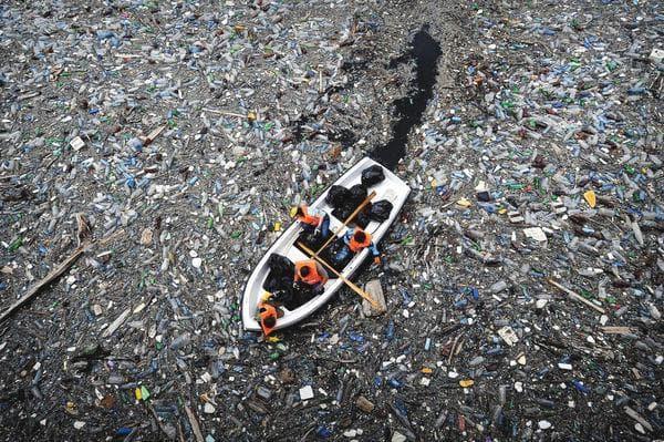 Замърсяване на океаните
