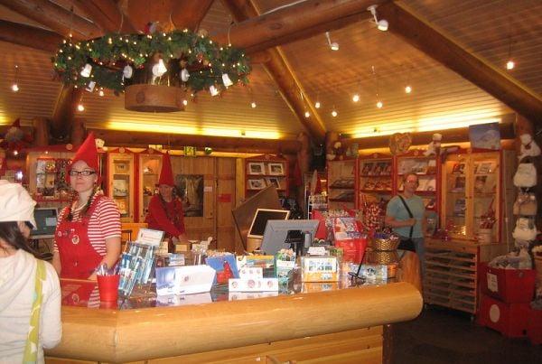 пощата на селището на Дядо Коледа в Лапландия