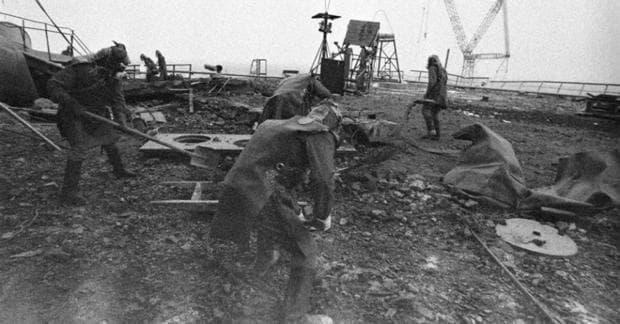 Обеззаразяване на района на аварията в Чернобил