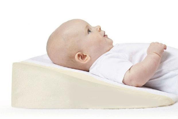 Повдигане на главата при спане