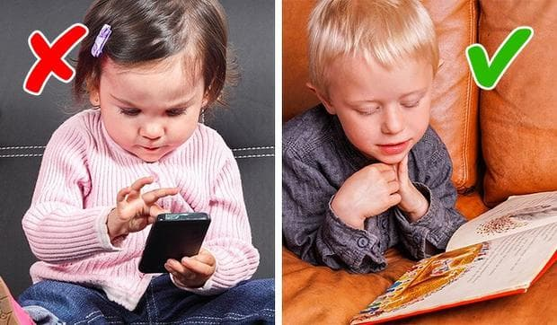 дете на телефон и дете, което чете