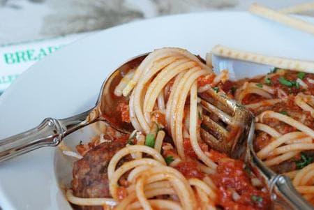 кюфтенца със спагети