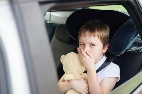 Прилошаване при движение с кола