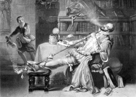 Британски джентълмен се наслаждава на лулата си
