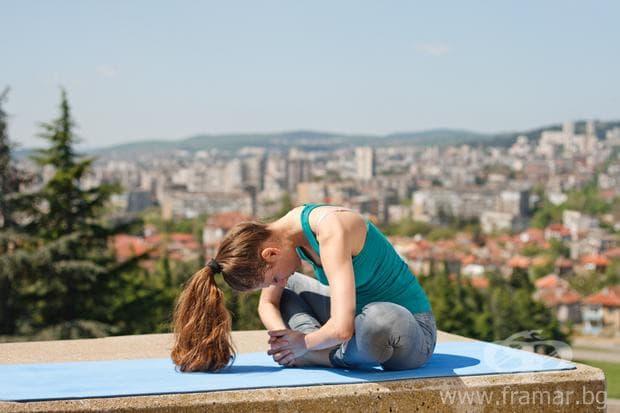йога поза Вързан ъгъл