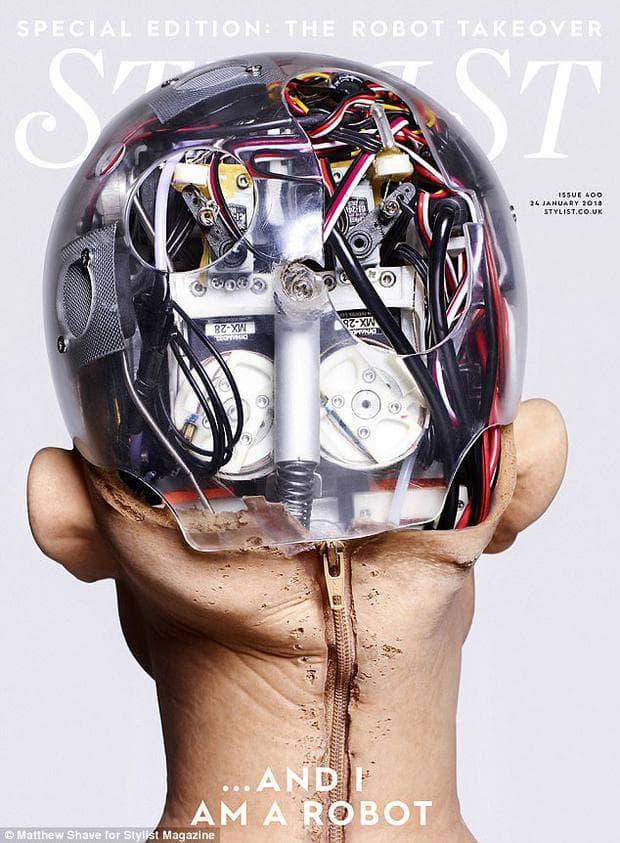 Роботът София краси корица на модно списание