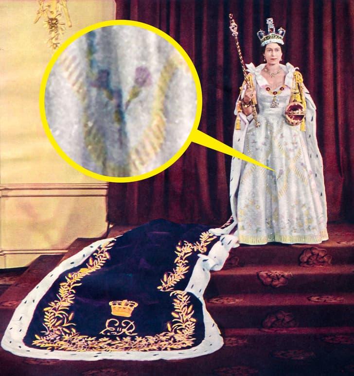 Рокля за коронацията на Елизабет Втора