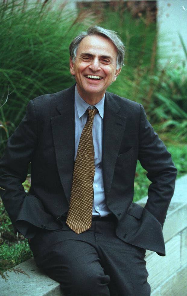 Карл Сейгън