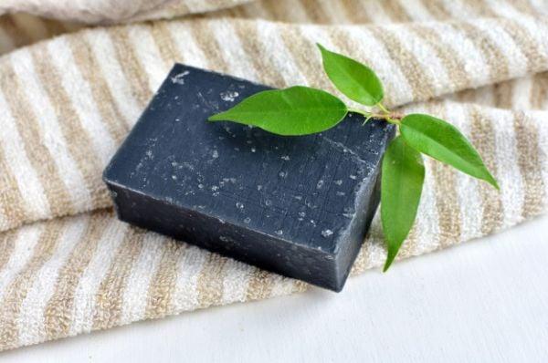 сапун с активен въглен