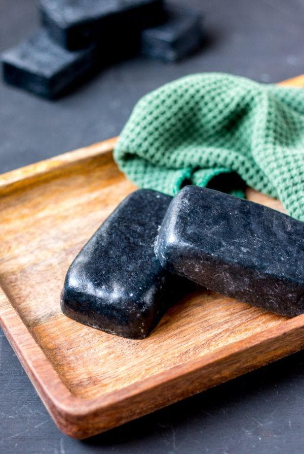 Сапун от мента и активен въглен