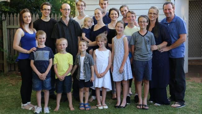 семейство Бонел
