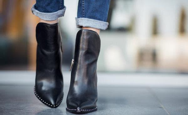 Полиране на обувки