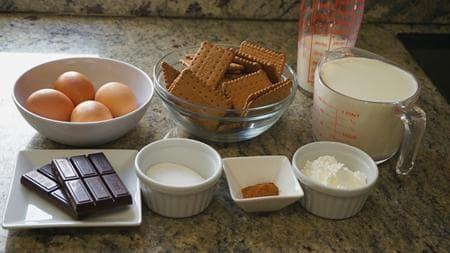 торта от бисквити с канела и шоколад