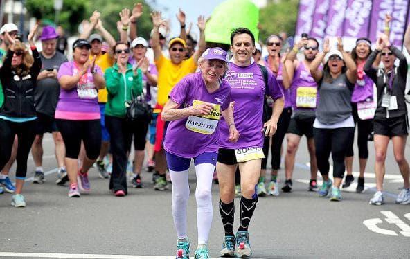 баба бяга на маратон