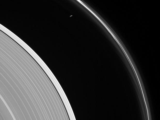 Сатурн и Прометей