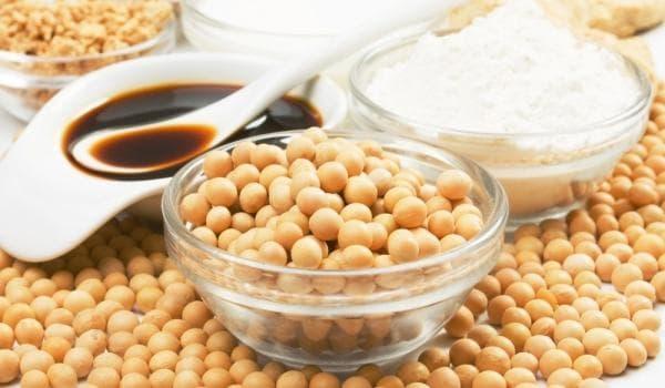 Соя и соеви продукти