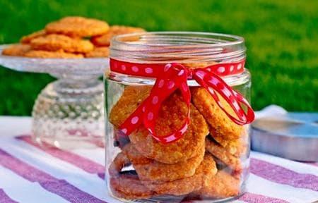 бисквити с моркови, сусам и сирене