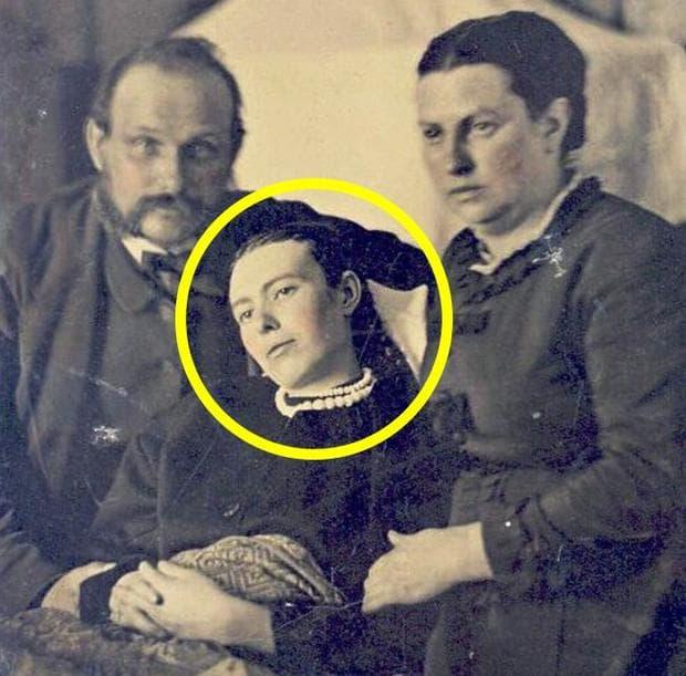 снимки след смъртта