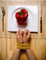 Строгите диети като причина за компулсивно преяждане