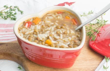 супа от леща, ориз и зеленчуци