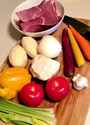 свинска супа със зеленчуци и жълтъци