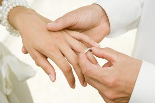 Сватбени прсъетни