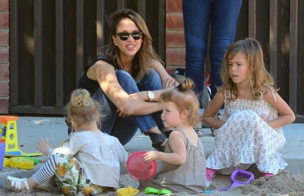майка и деца