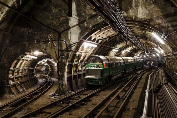 Тунели в Лондон