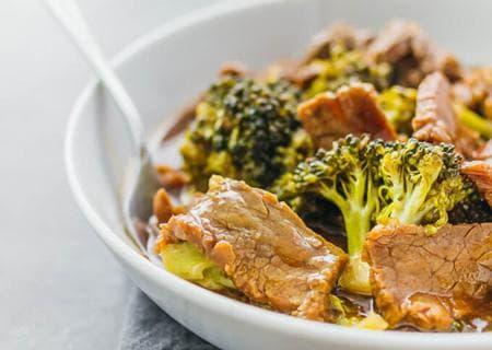 телешко месо с броколи