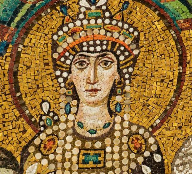 Мозайка, изобразяваща византийската императрица Теодора