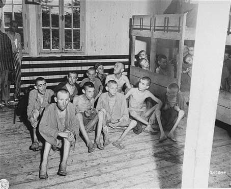 Пациенти на болнично отделение в Аушвиц