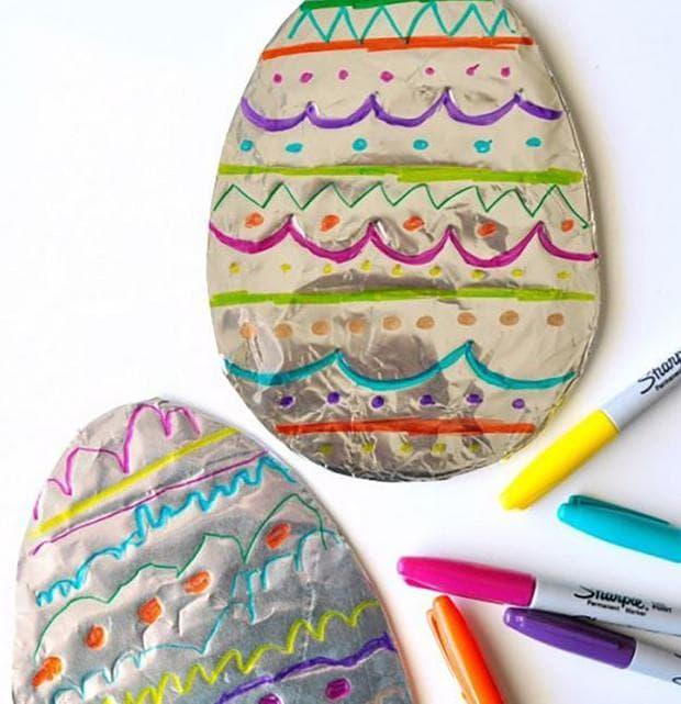Великденски яйца от станиол