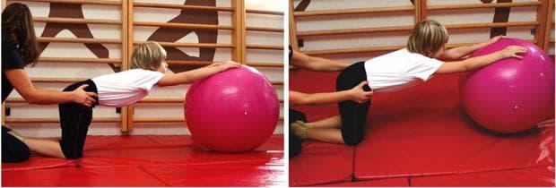 Упражнение при кифоза - изтегляне на гръбнака