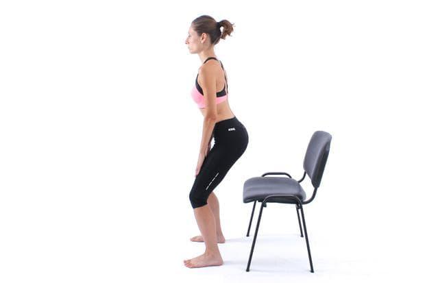 Упражнение ставане от стол