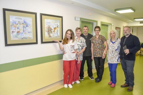 Росен Дончев с част от екипа на отделението
