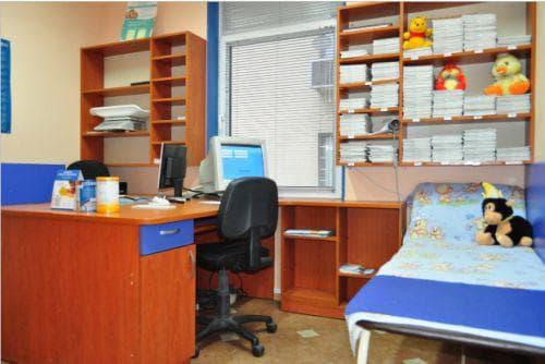 Денонощна детска поликлиника Вела - кабинет