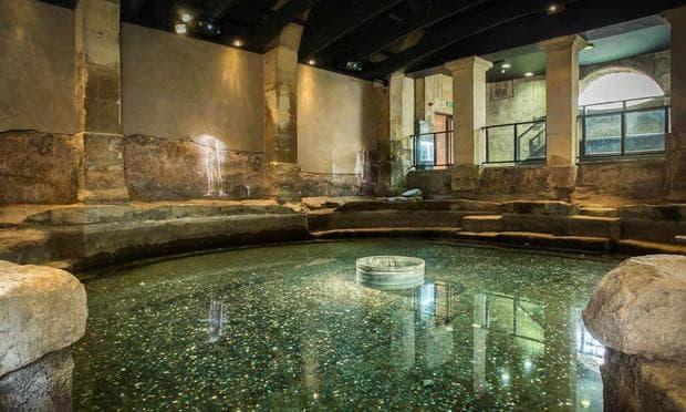 Римските терми в Бат, Англия